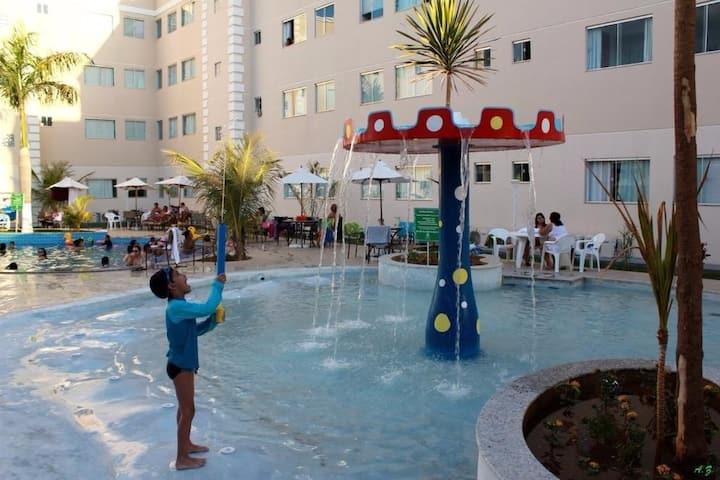Aluga-se AP Mobiliado em Resort em Caldas Novas-GO