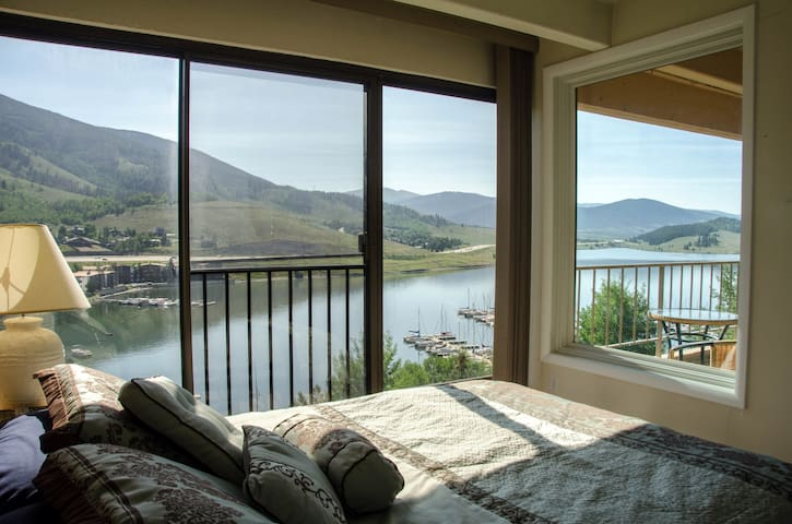 Top Floor, Beautiful Lakeside Condo - Dillon - Kondominium
