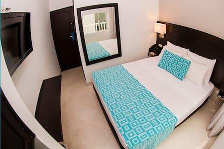Hotel Manantial en Melgar Tolima - Melgar - 住宿加早餐
