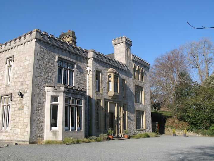 The Ffarm Flat at Ffarm Country House