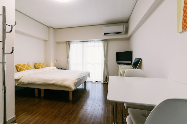 Double bedroom☆Tenjin & Hakata approximately 10min