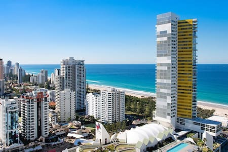 Million Dollar Views -High Floor - Broadbeach
