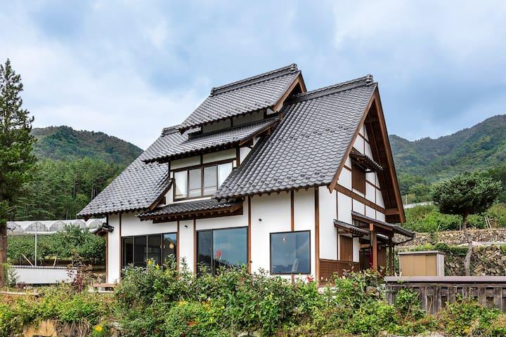 【貸切】Y's Village Fukuori 上質な宿 ワイナリー巡りに人気の勝沼まで車で15分