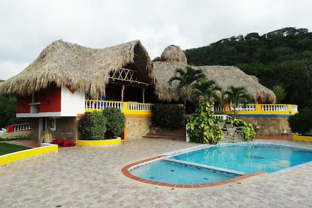 Spectacular Cottage with big pool - El Morro