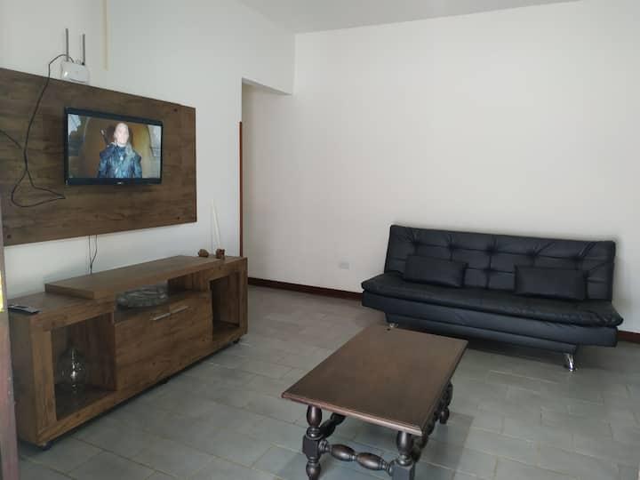 Linda casa em Maresias...excelente localização!!!!