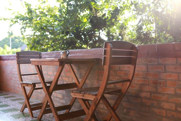 意境庭院精品酒店园景大床房(古城清迈门、周六夜市附近)泰国兰纳风情房,庭院景