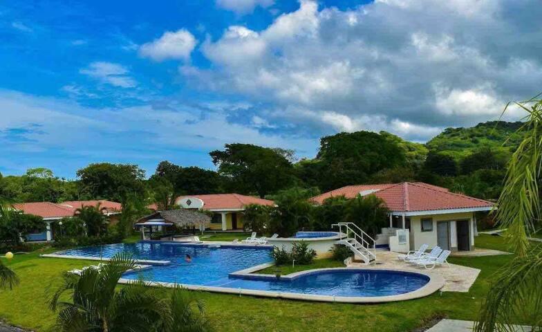 Villa Exora