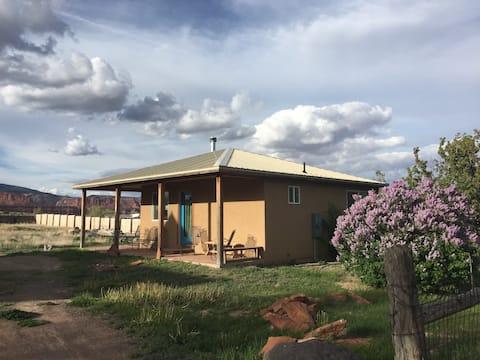 Teasdale 2 Bdrm Retreat Cabin