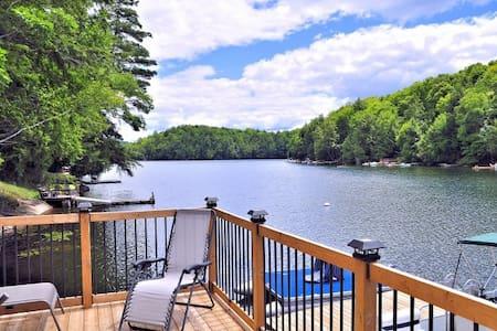 Haliburton Cottage on the water, Long Lake