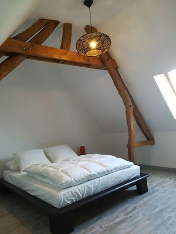 chambre 3 (1 lit 2 places)