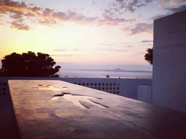 (Entir House)Arts-House,Ocean view, Quiet,Garden
