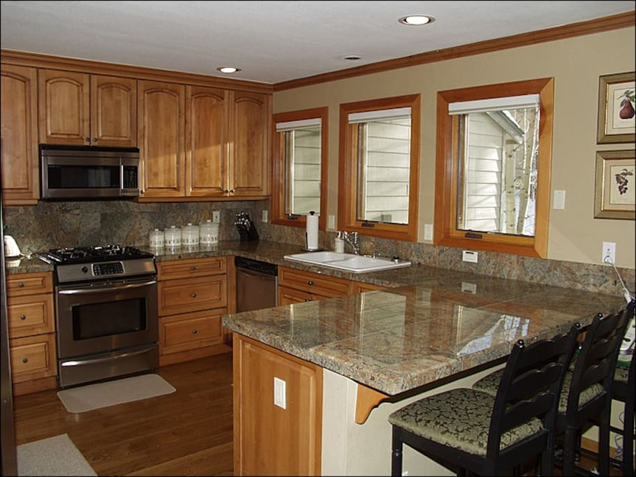 Gourmet Kitchen with Bar Seating for 3