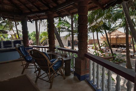 Sea View Suite on Ashwem Beach - Morjim - Boutique-hotel