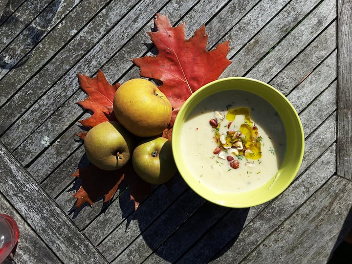 Apple and Celeriac Soup