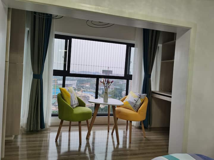 近地铁站奥体中心旁华润国际社区阳光大床房整租
