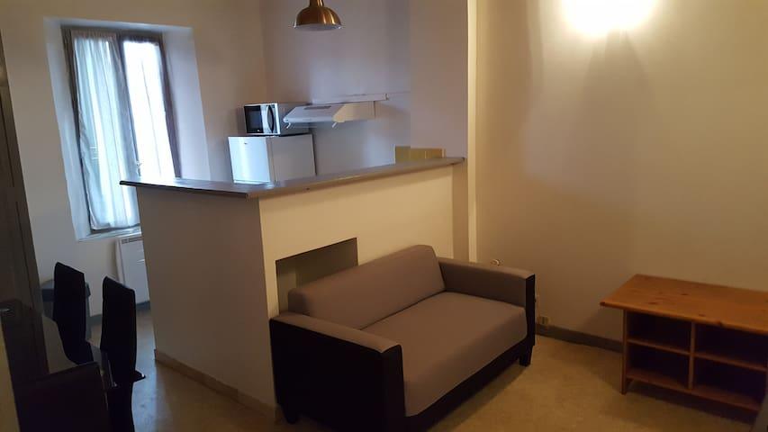 Bel appartement centre du village - Gréoux-les-Bains - Leilighet