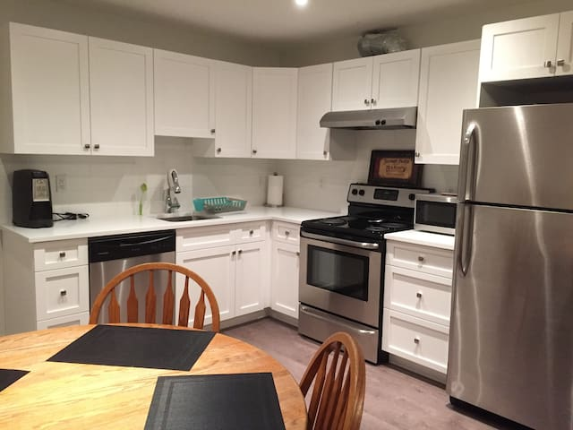 Brand New Self Contained 1 Bedroom Suite