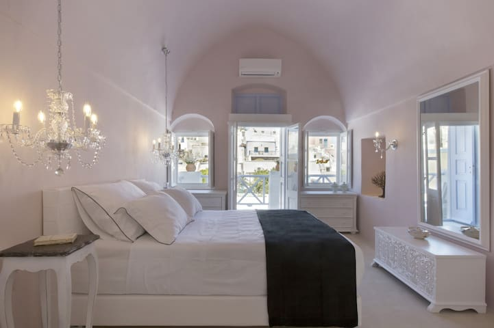 Pink Dantelo Luxury Private Residence - Vothonas - Villa