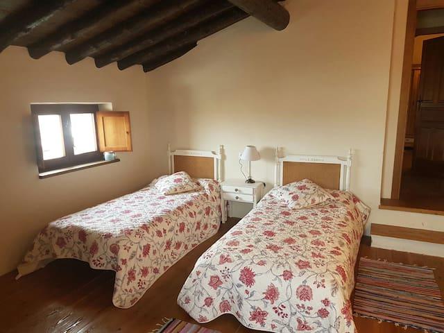 Smart cottage in Gredos, Avila - El Mirón - วิลล่า