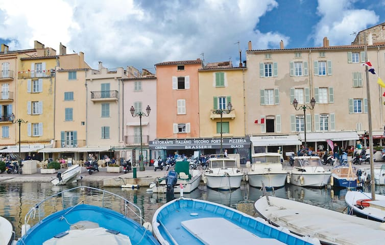Holiday apartment with 1 bedroom on 70m² in Saint-Tropez