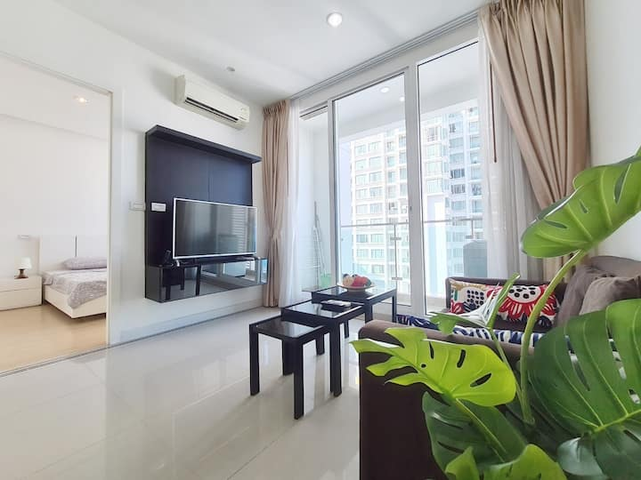 THE HEAVEN SKY SUITE 1 BR : POOL/WIFI/RAMA9/RCA