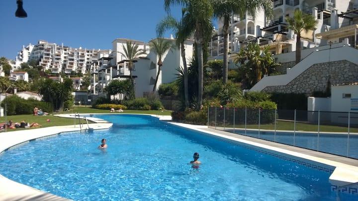 Mirador -  Tranquilidad, sol, jardines y piscinas.