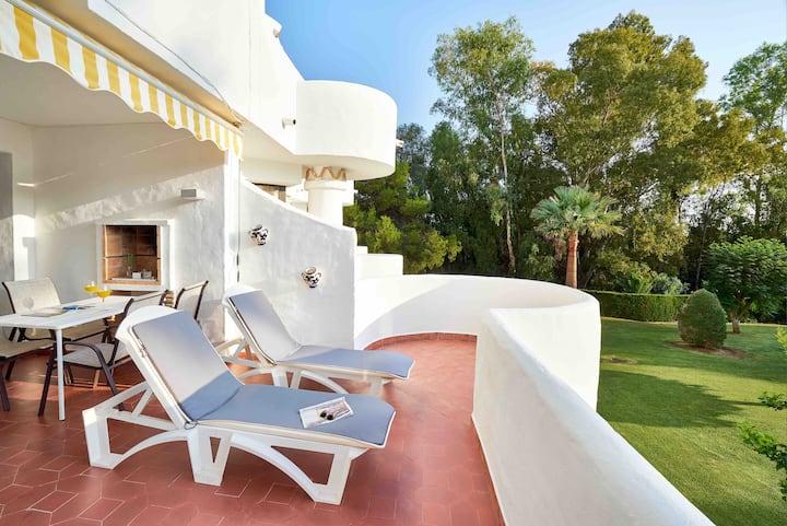 New refurbish Apartment in Jardines de Calahonda