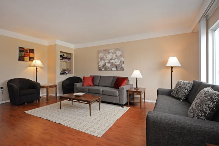 Pearl Upper Suite