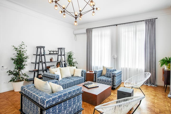 ✴3BR PENTHOUSE w/ balcony in heart of Old Tbilisi✴