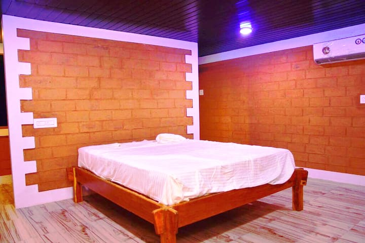 Deluxe Cottages Beach Resort NirvanaAditiBeachStay