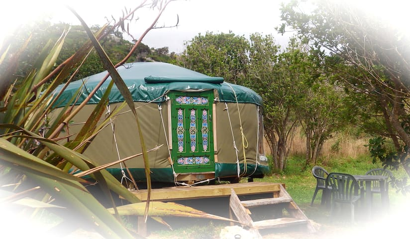 Yurt - private in native bush by a stream - Pohara - Jurta
