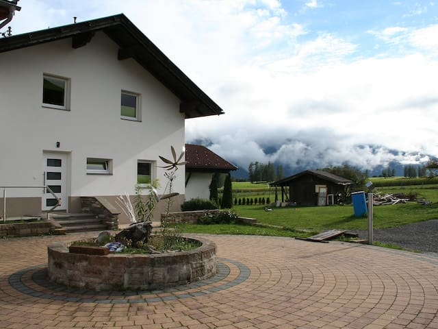 140 m² Reihenhaus in Mieming