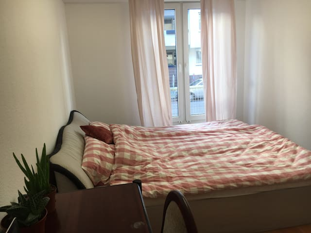 Nice room in a beautiful area in Neukölln