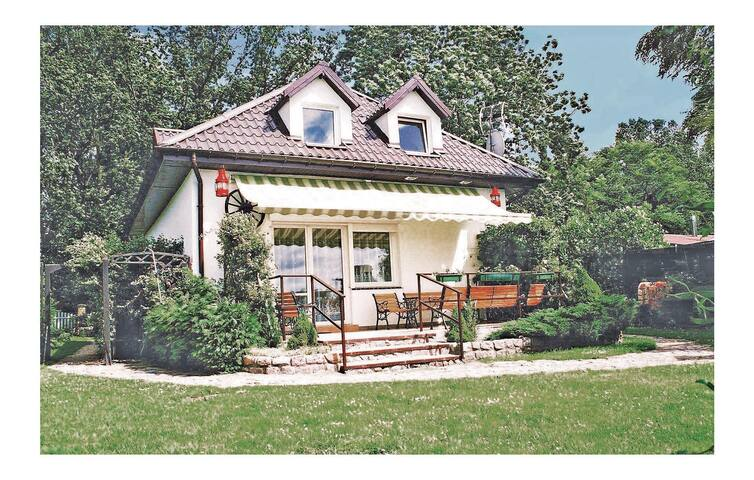 Holiday cottage with 4 bedrooms on 95 m² in Nowe Warpno