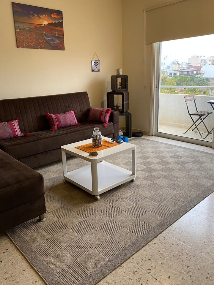 Larnaca Comfort Rooms - Room 4 with balcony