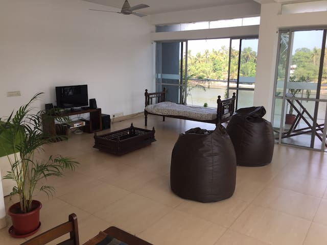 Riverside - Ernakulam - Appartement