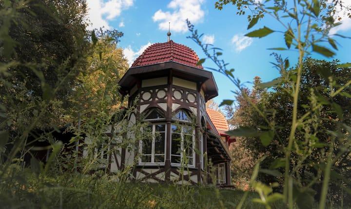 Kleine Waldvilla