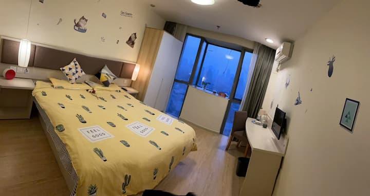 酒店式公寓,品牌连锁,精装修,紧邻汉口火车站,地铁八号线,专职管家服务