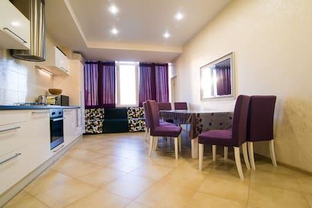 Апартаменты с 3 спальнями - 索契 - 公寓