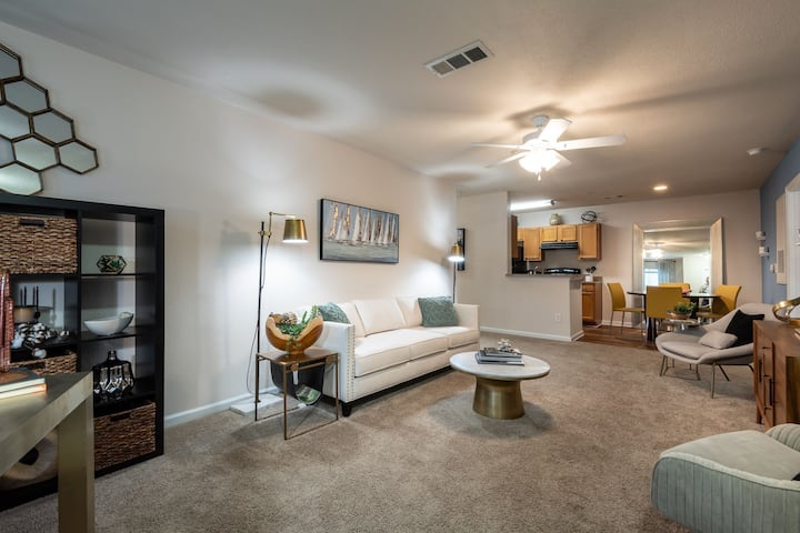 Live + Work + Stay + Easy | 1BR in Durham