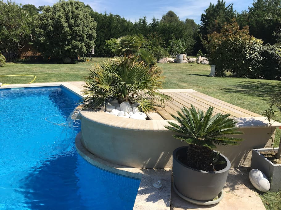Superbe appartement avec piscine flats for rent in saint - Oasis piscine saint cannat ...