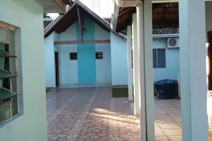 ROSA DO CAMPO/CAMA & CAFÉ  (QUARTO 2)