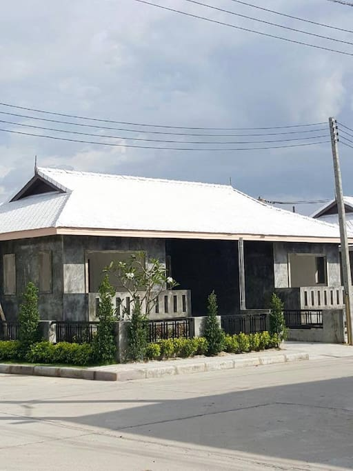 Twin House : 2 Bedroom  (84 Sq.m.)