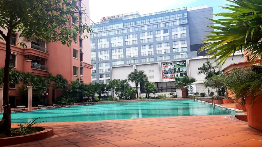 Yen homestay city view @ Marina court condominium