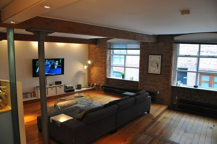 Luxurious Deansgate 2 Bedroom Stylish Apartment