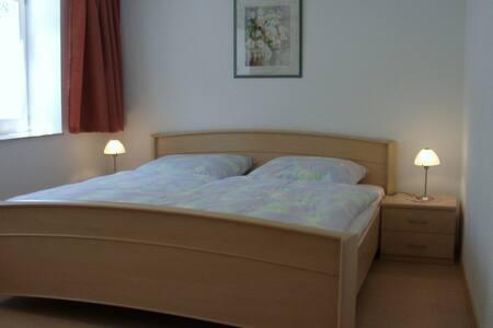 Schlafzimmer Wohnung Nr.2