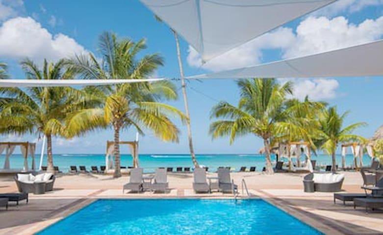 Cadaques Apart. 2h / Caribbean Tourist Rental