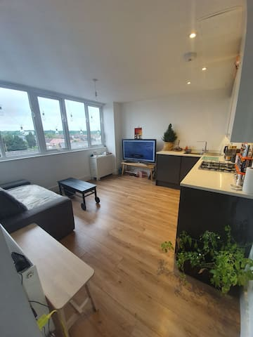 Trendy Studio near Lee Valley White Water Centre