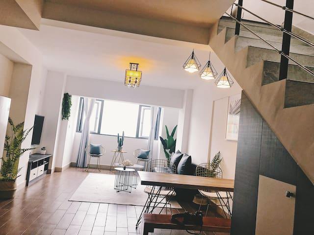 【四】贵阳北站步行距离五星级酒店床品Ins风徐家四号公寓XU's loft Four