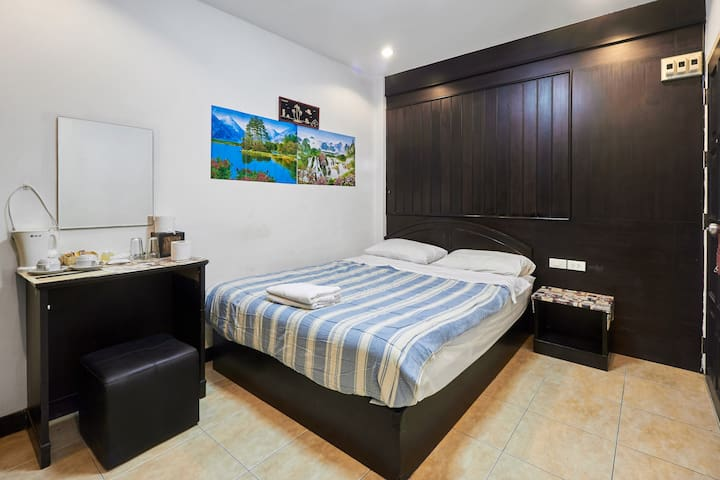 patong bay guesthouse standard double room - patong - Pis